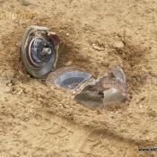"""Уничтожение противотанковой мины \""""ТМ-62М\"""" устройством \""""Разрушитель Р-40\"""" не вызывая детонации. Разминирование"""